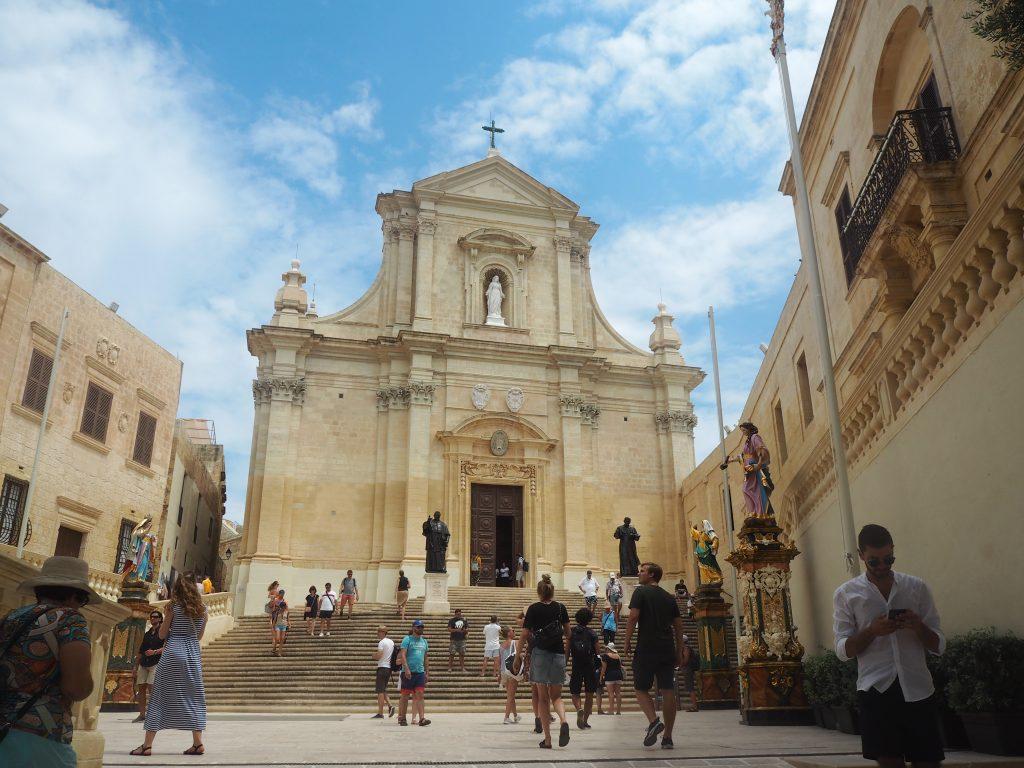 大聖堂(The Cathedral)