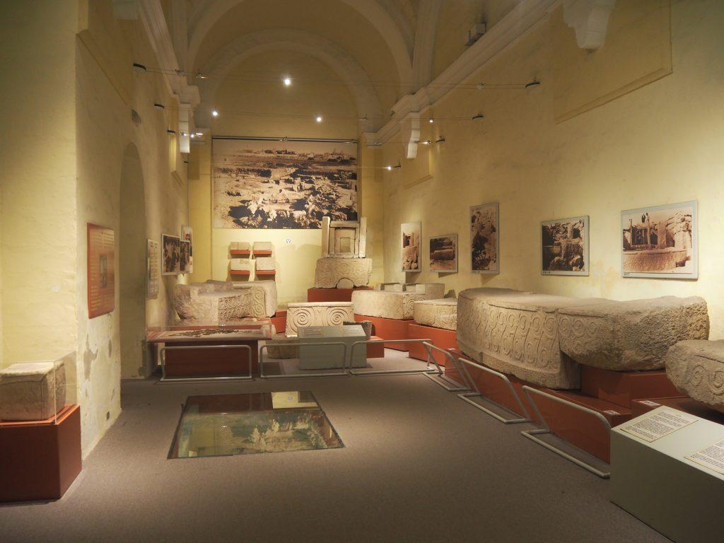 国立考古学博物館の内部
