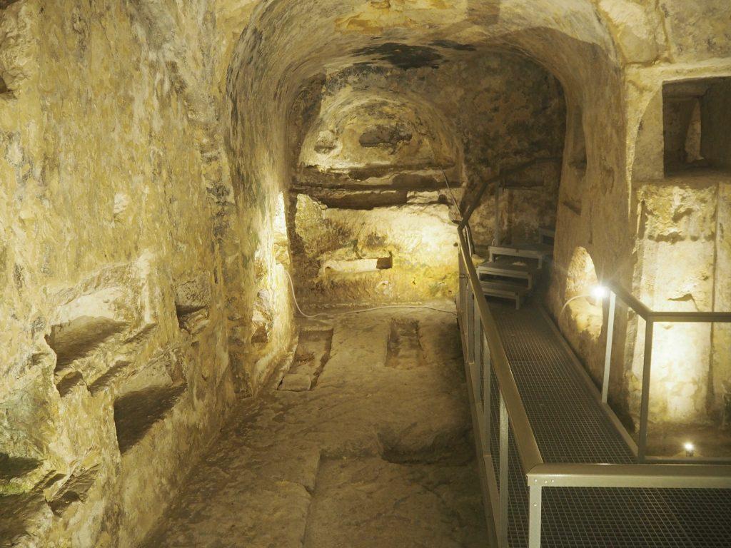 聖パウロの地下墓地の内部