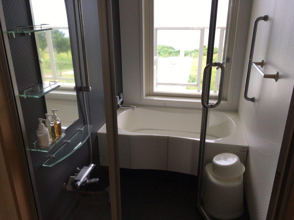 オーシャンビューのシャワールーム