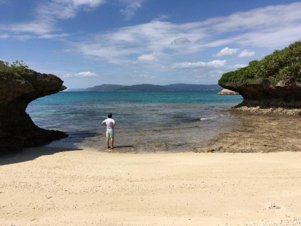 新城島のビーチ