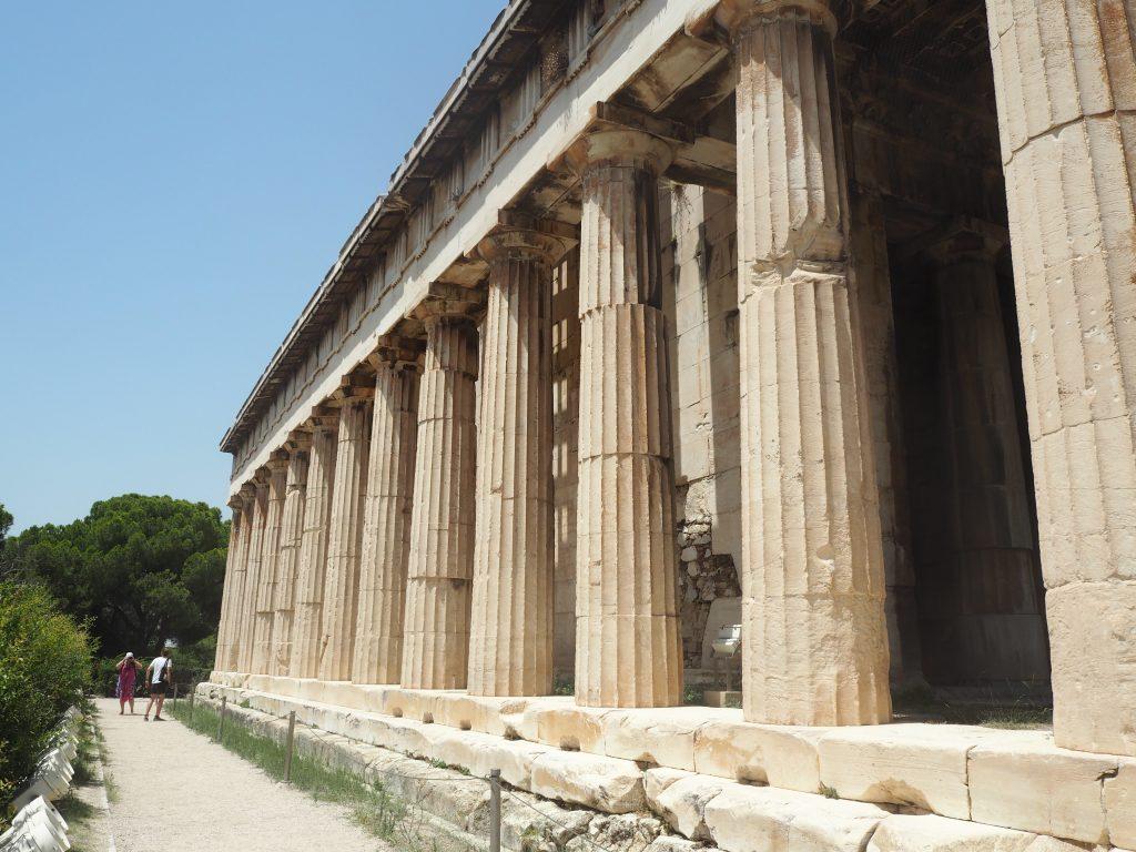 ヘファイストス(テセウス)神殿。ギリシャ国内で最も原形を残している神殿らしい