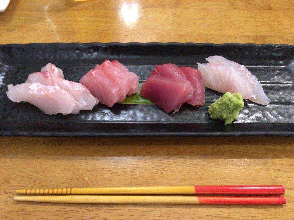 近海魚お刺身盛りあわせ(1,200円)