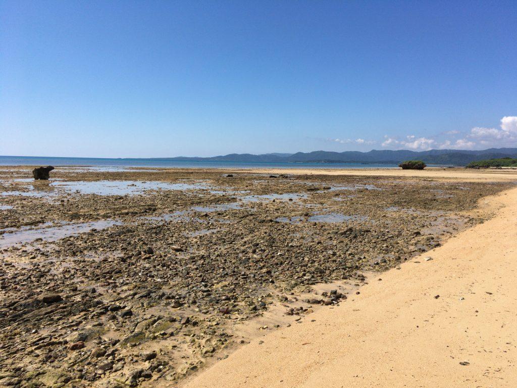 小浜島の南側にあるウータ浜(南風花海岸)