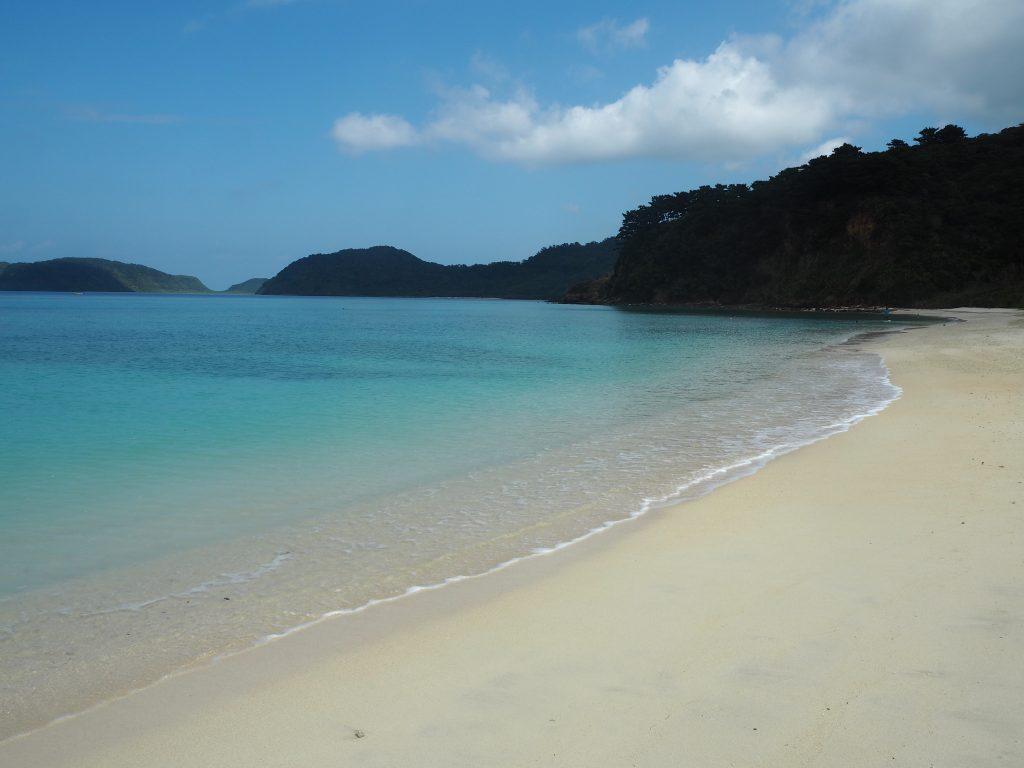 プライベートビーチのような静かなイダの浜