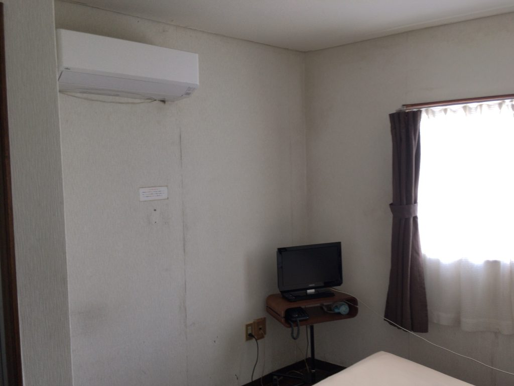 エアコンやテレビもある