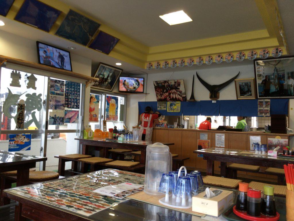 「海人食堂」の店内