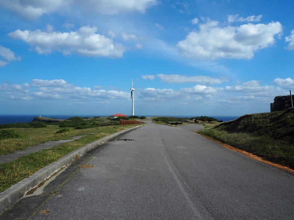 東崎の風車。この一帯は風が強い