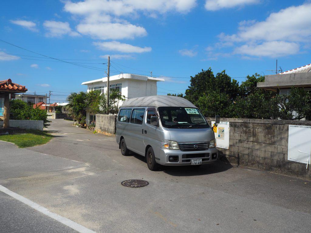 与那国島の路線バス。一応代行車らしい