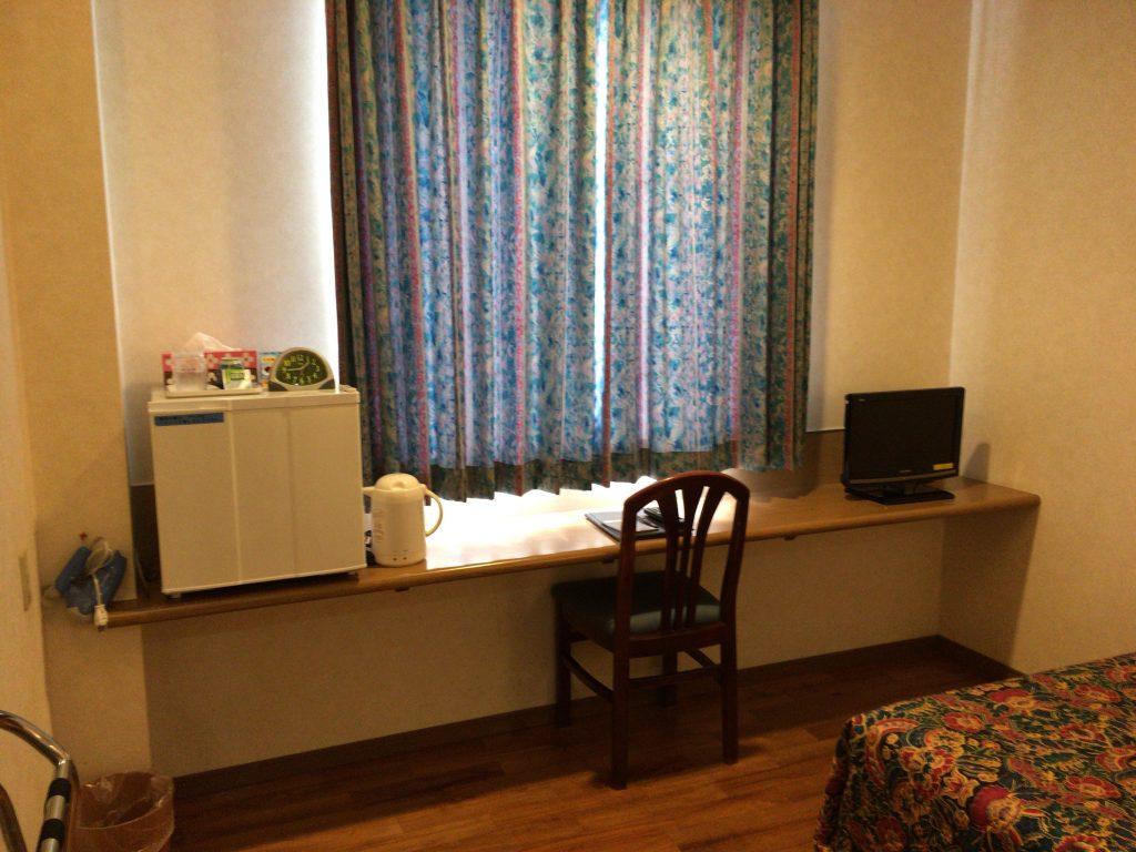 「先島ビジネスホテル」の客室(シングルルーム)