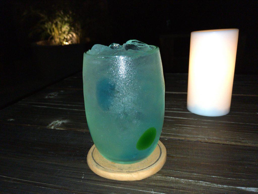 カクテル「竹富ブルー」