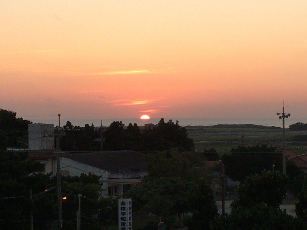 日本最南端の島から眺める夕日は格別だ