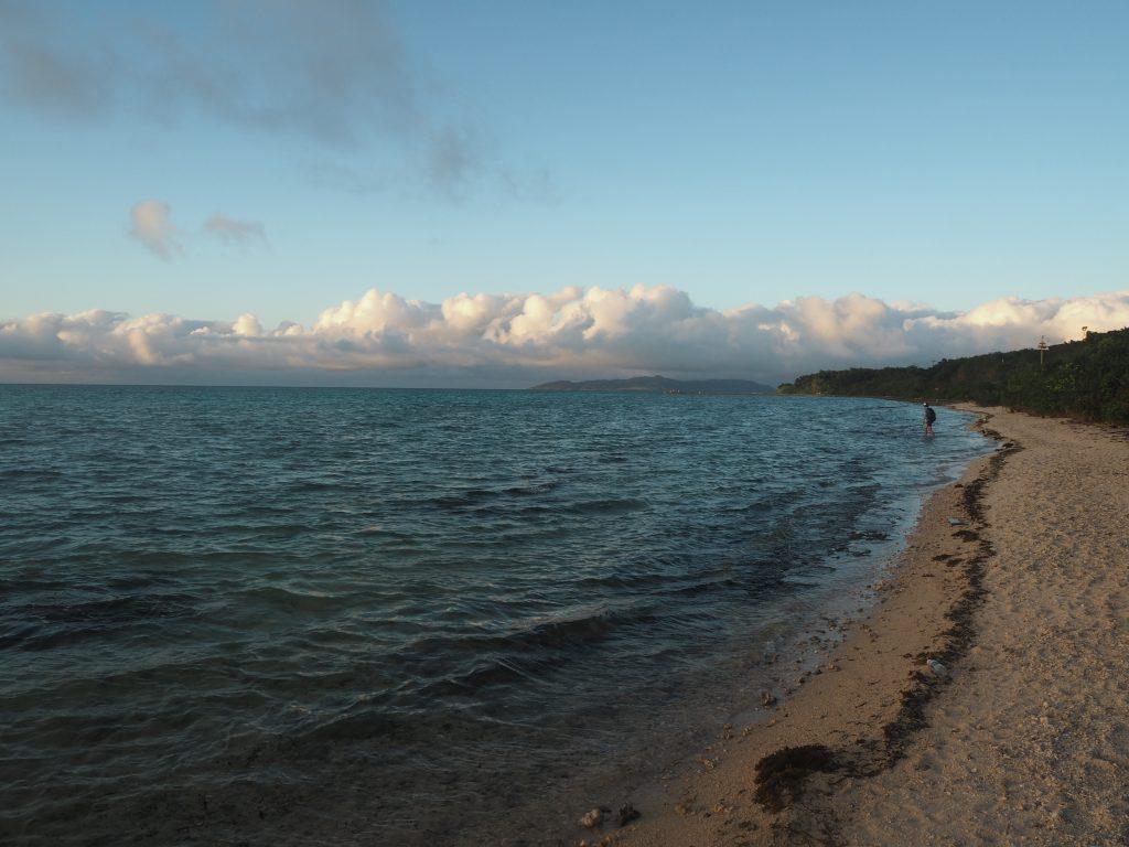 コンドイビーチ周辺から西桟橋方面を望む