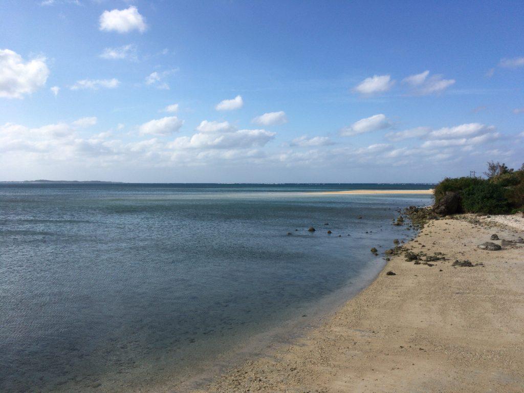 大神島の小さなビーチ