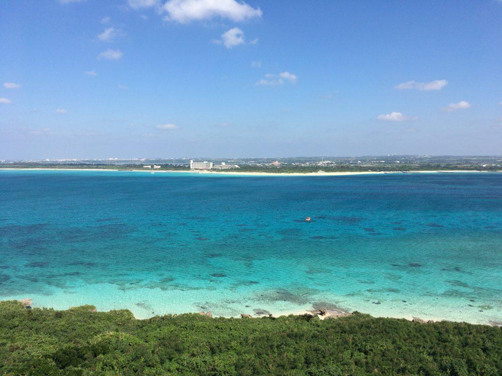 来間島から宮古島を望む