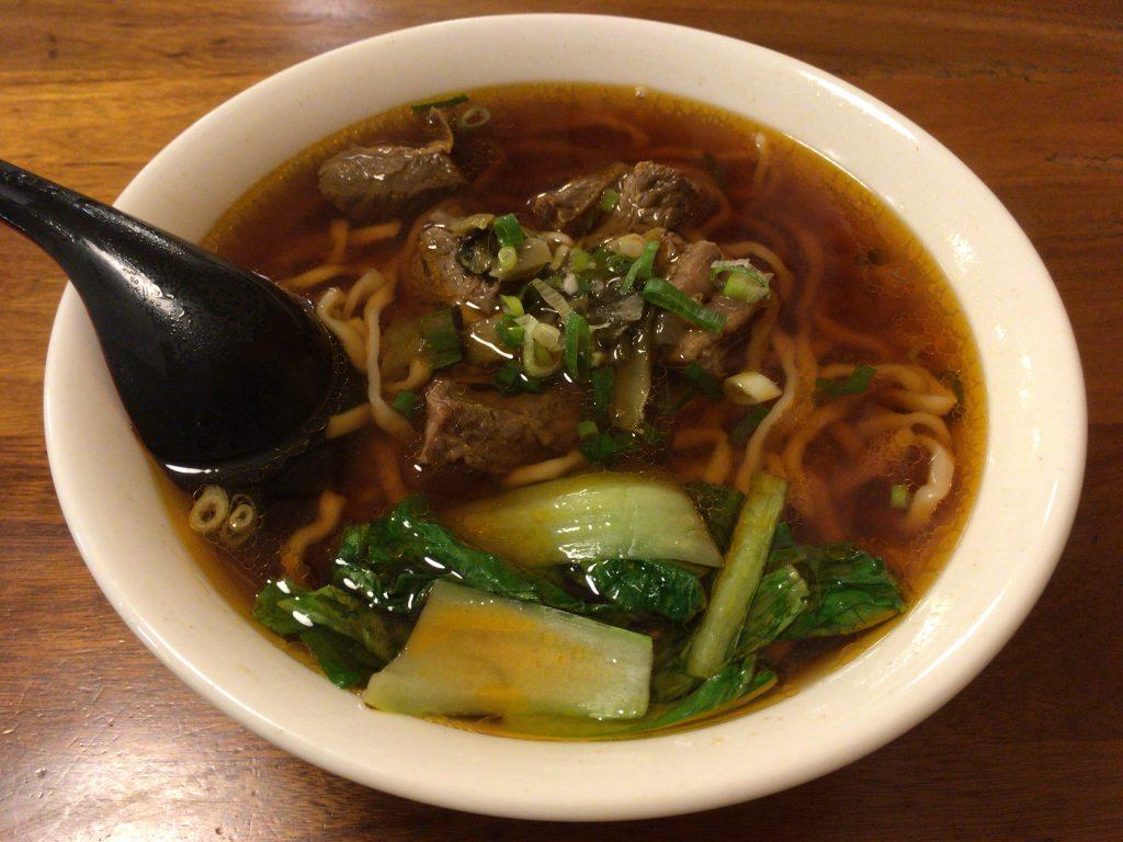 牛肉麺は台湾グルメの定番だ