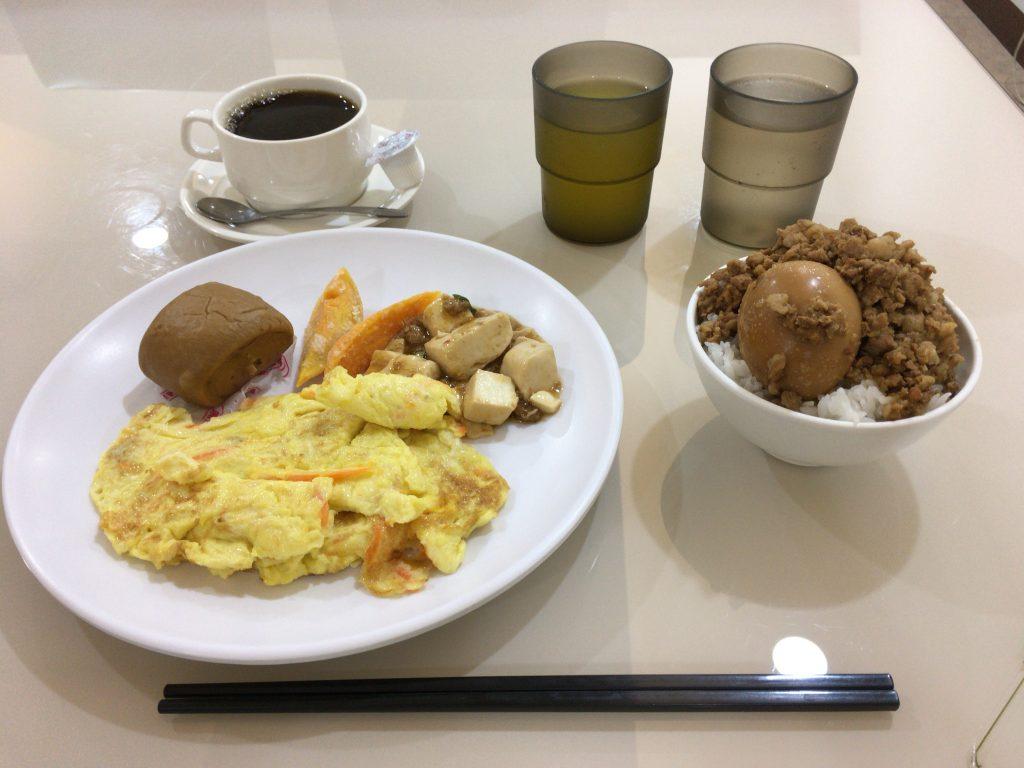 「カイシェンホテル」の朝食
