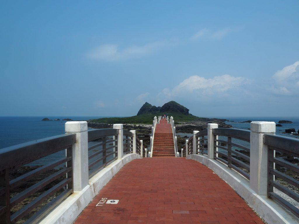 龍橋から三仙台を望む