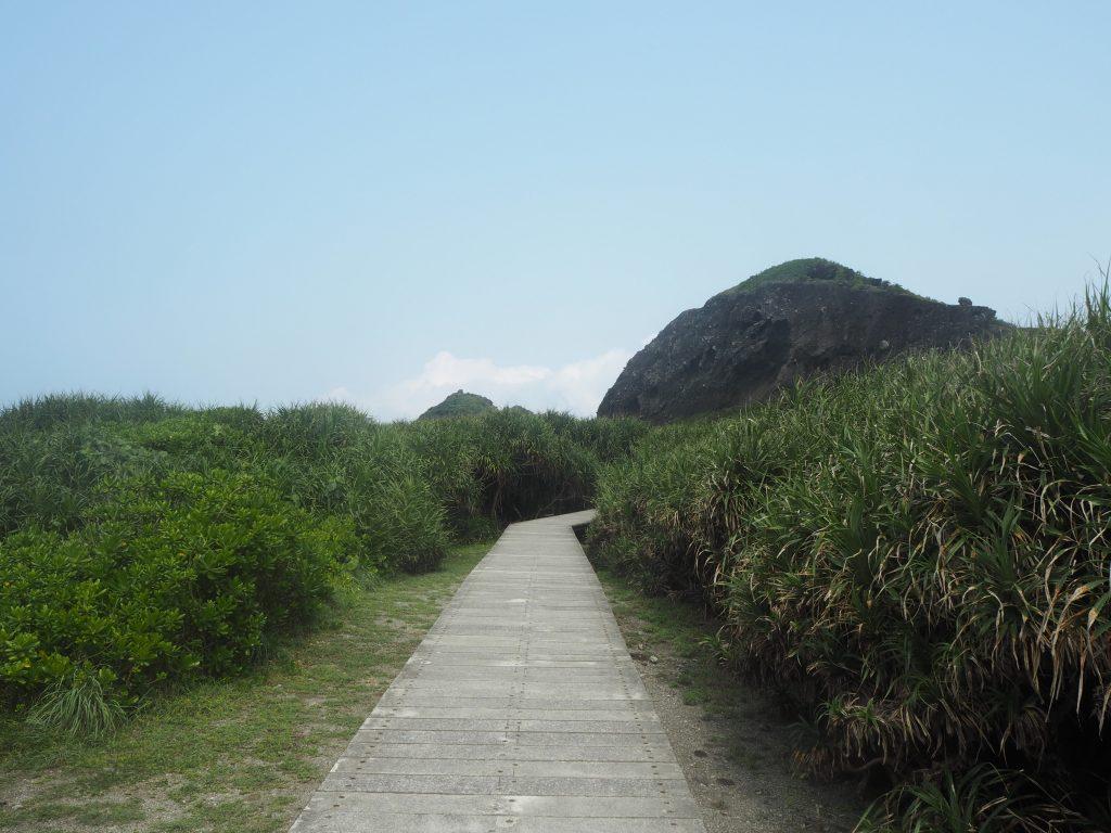 三仙台の遊歩道を歩く