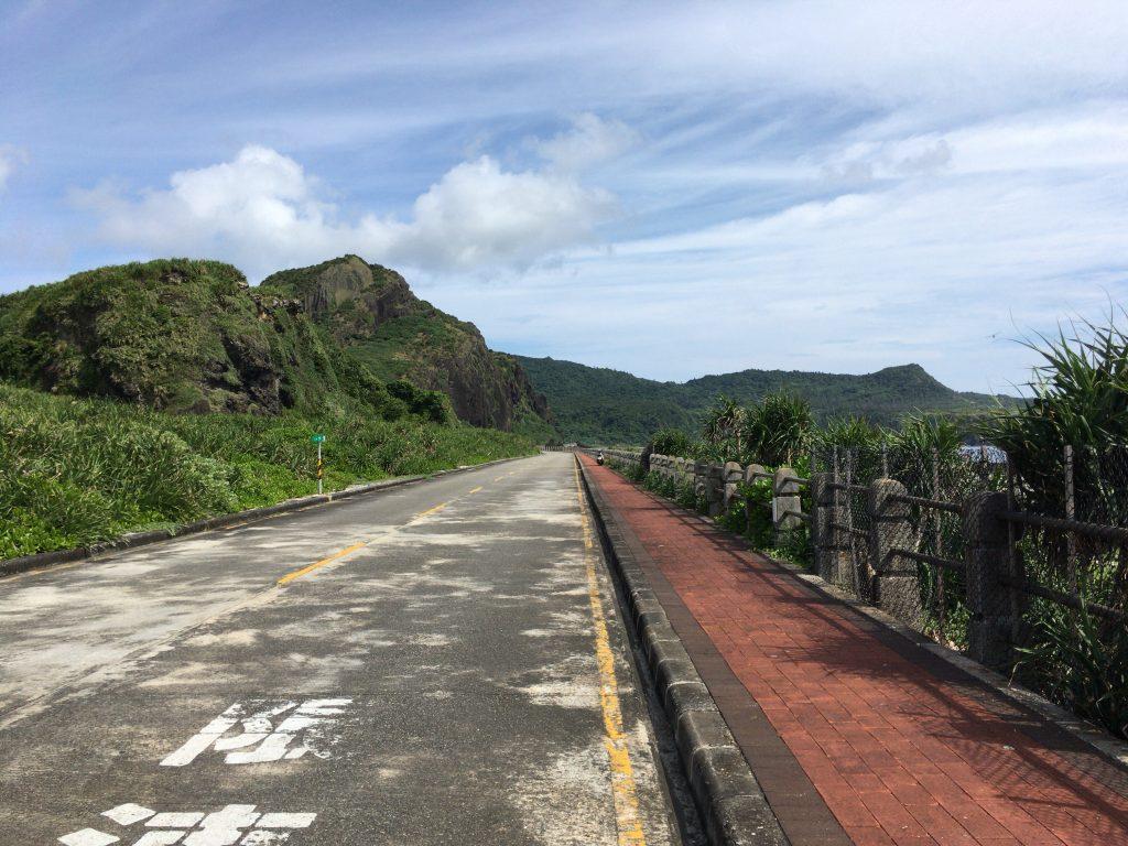 緑島の一周道路を走る