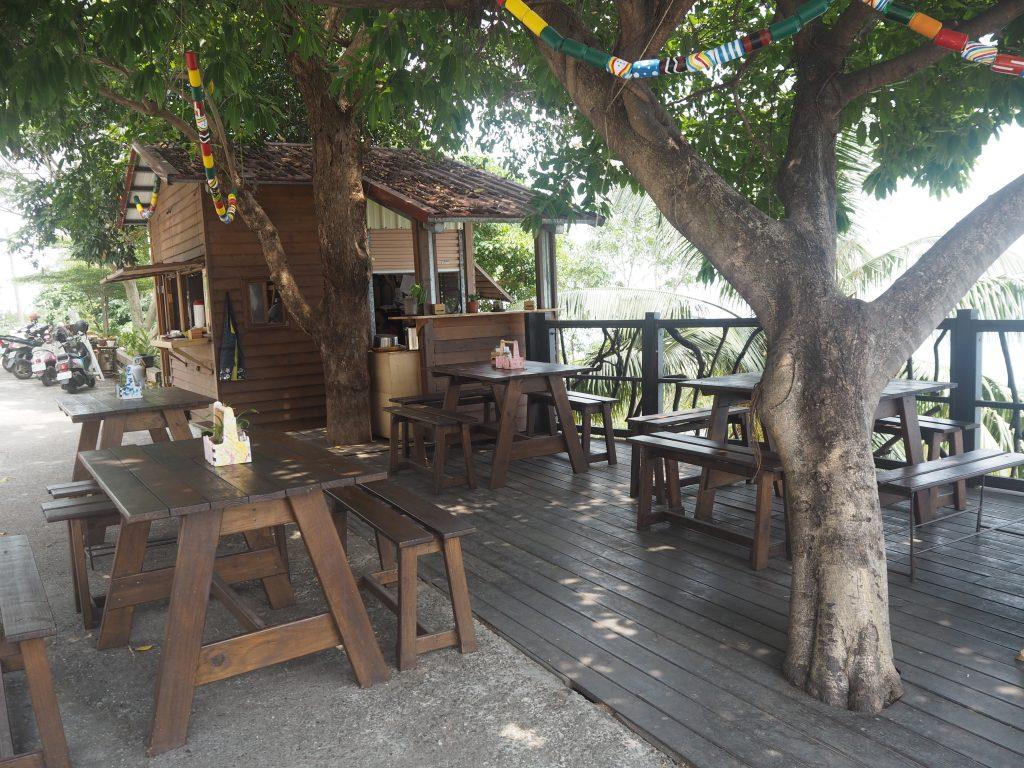 展望台横のレストラン