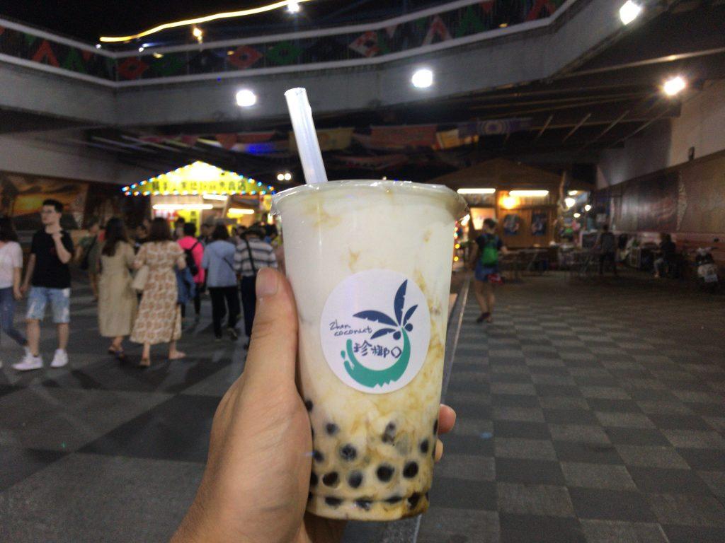 台湾での締めと言えばタピオカミルクティー