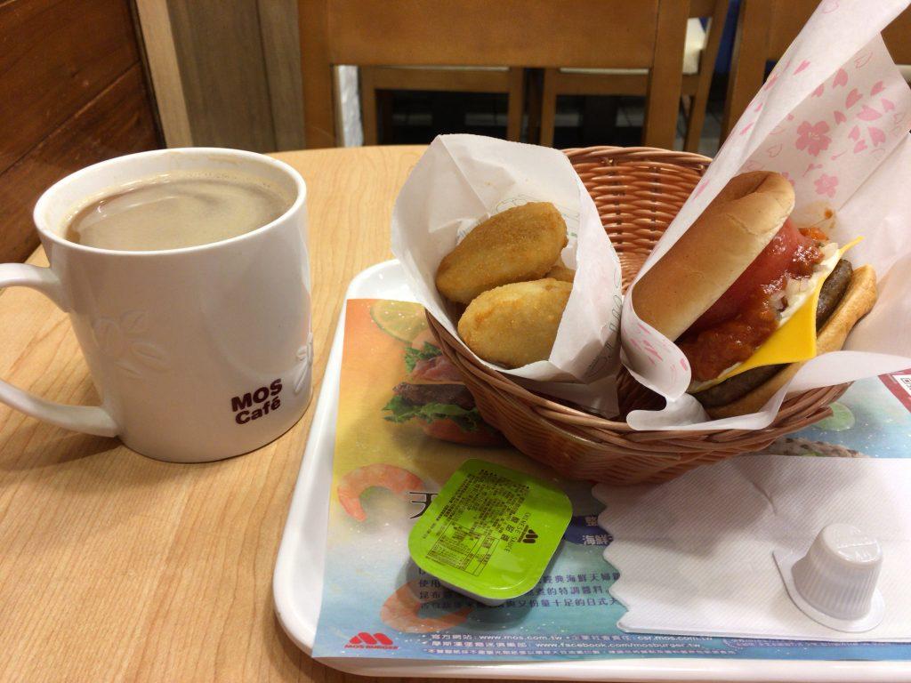 日本と変わらない美味しさのモスバーガー