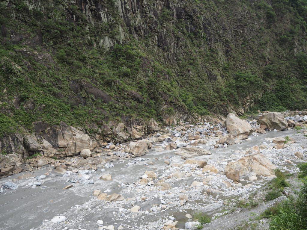 タロコ峡谷を流れる立霧渓(たっきりけい)