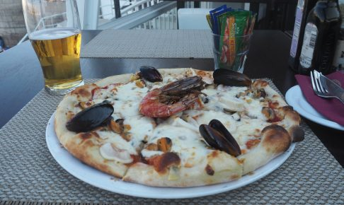 シーフードピザ。マルタはシーフードも美味しい