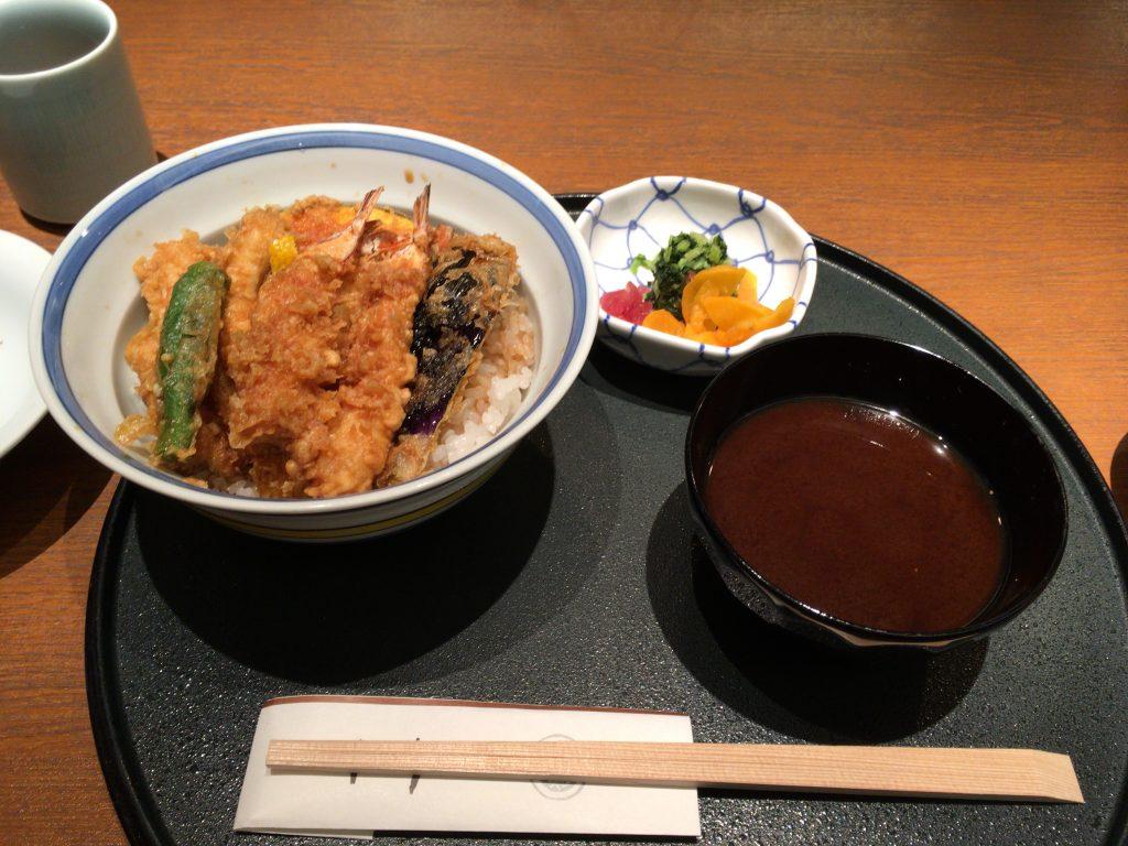 横浜で食べた天丼(記事本文とは関係ありません)