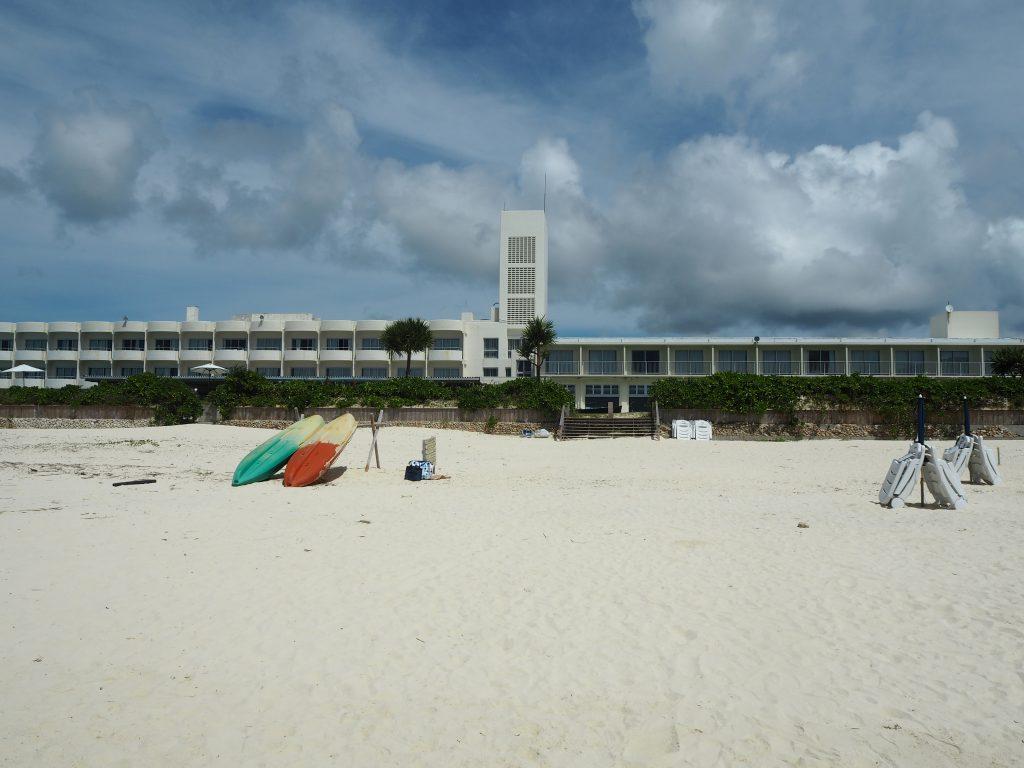 ビーチ直結の「イーフビーチホテル」