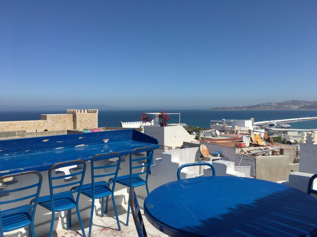 「ル・サロン・ブルー」屋上のテラス席