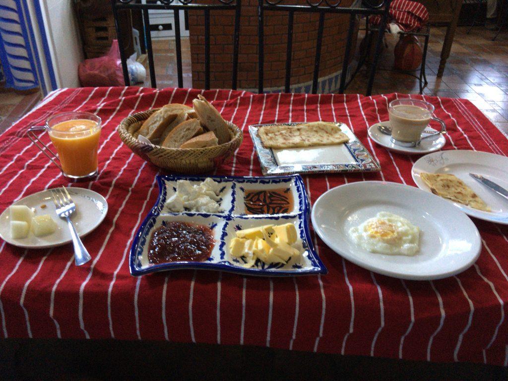 「プエルタ・アズール」の朝食