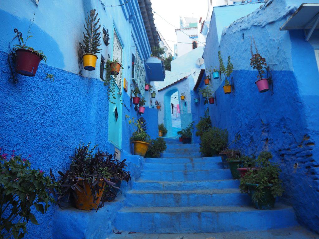 シャウエンの青い街