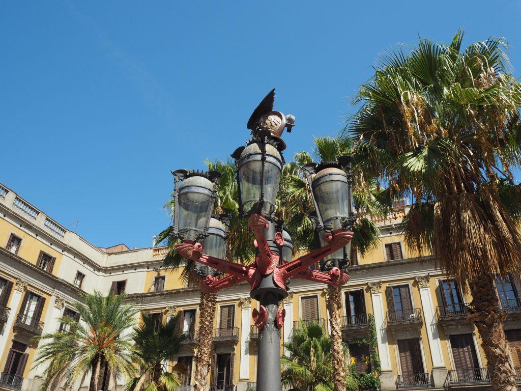 ガウディがデザインした街灯