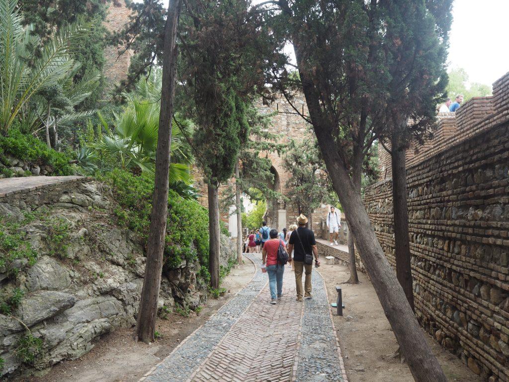 アルカサバの中を歩く
