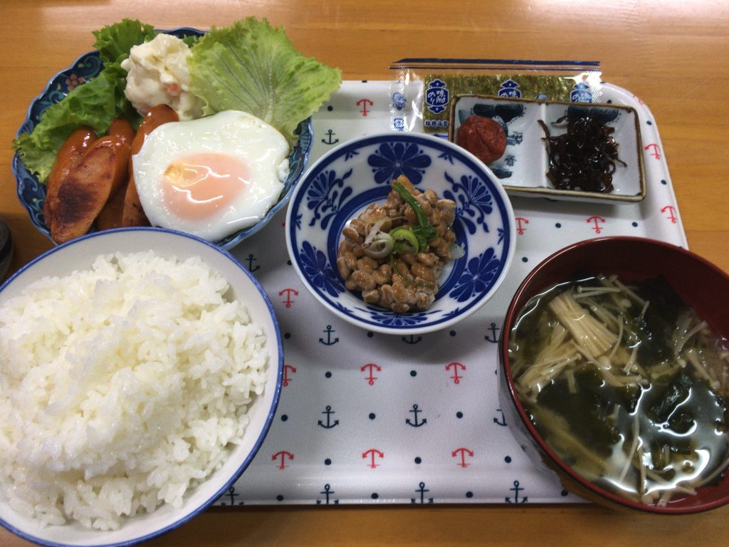 初日の朝食。納豆が美味しかったな