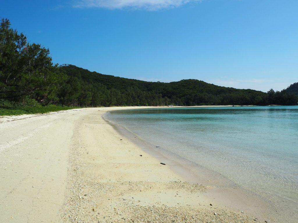 安護の浦にあるウハマ。静かなビーチである