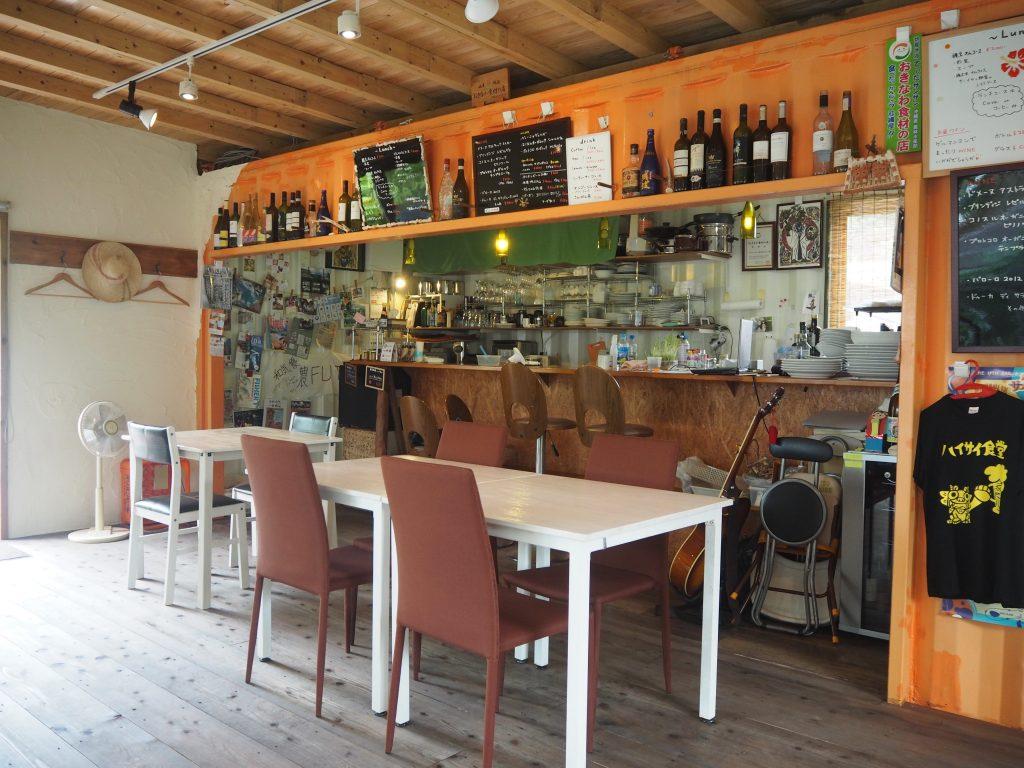 慶留間島のイタリアンレストラン「ゲルマニヨン(Trattoria Bar 慶留間gnon)」