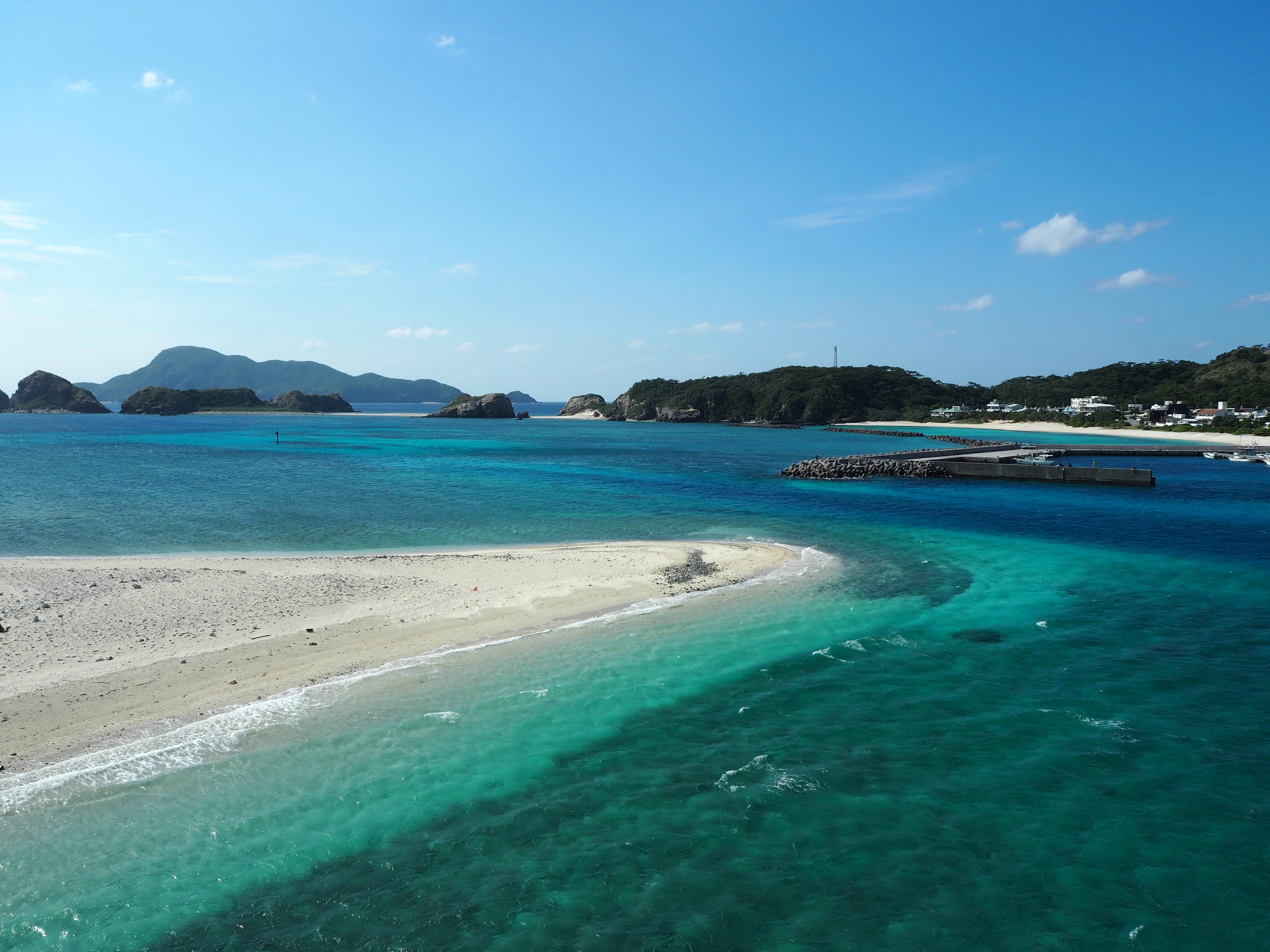 慶良間諸島の中でもとりわけ美しい阿嘉島の海
