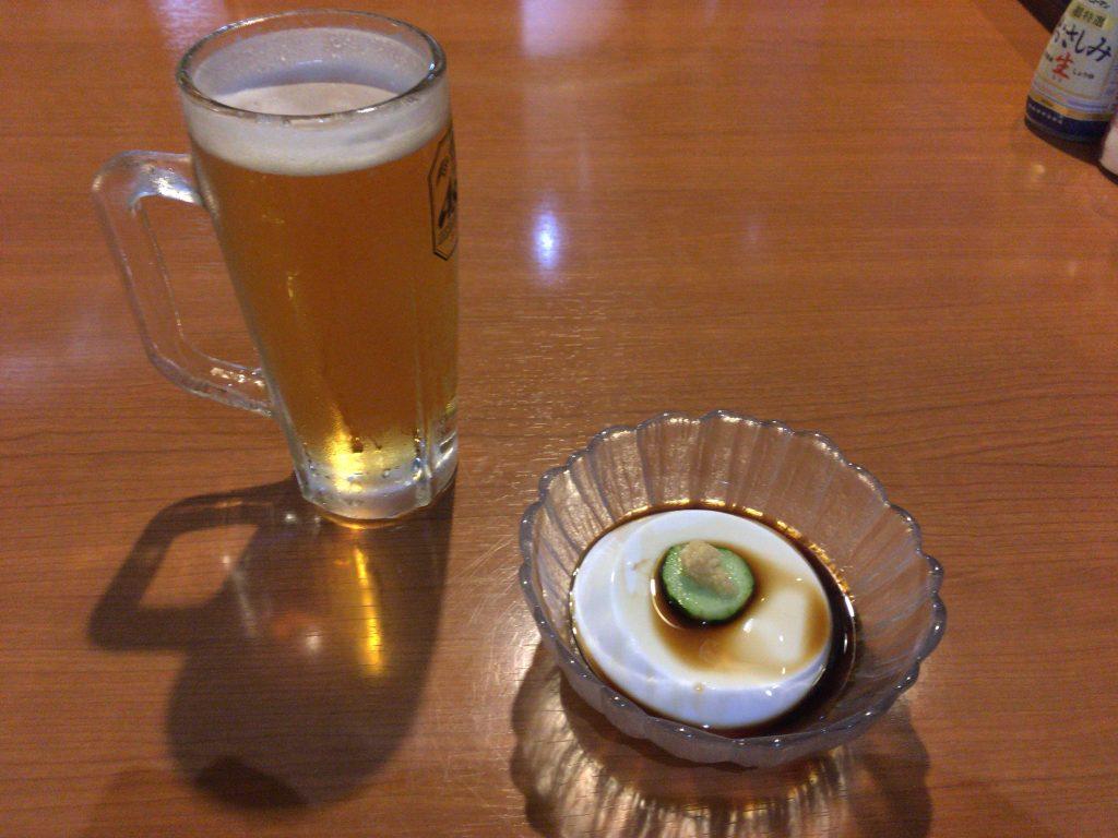生ビールとジーマミ豆腐