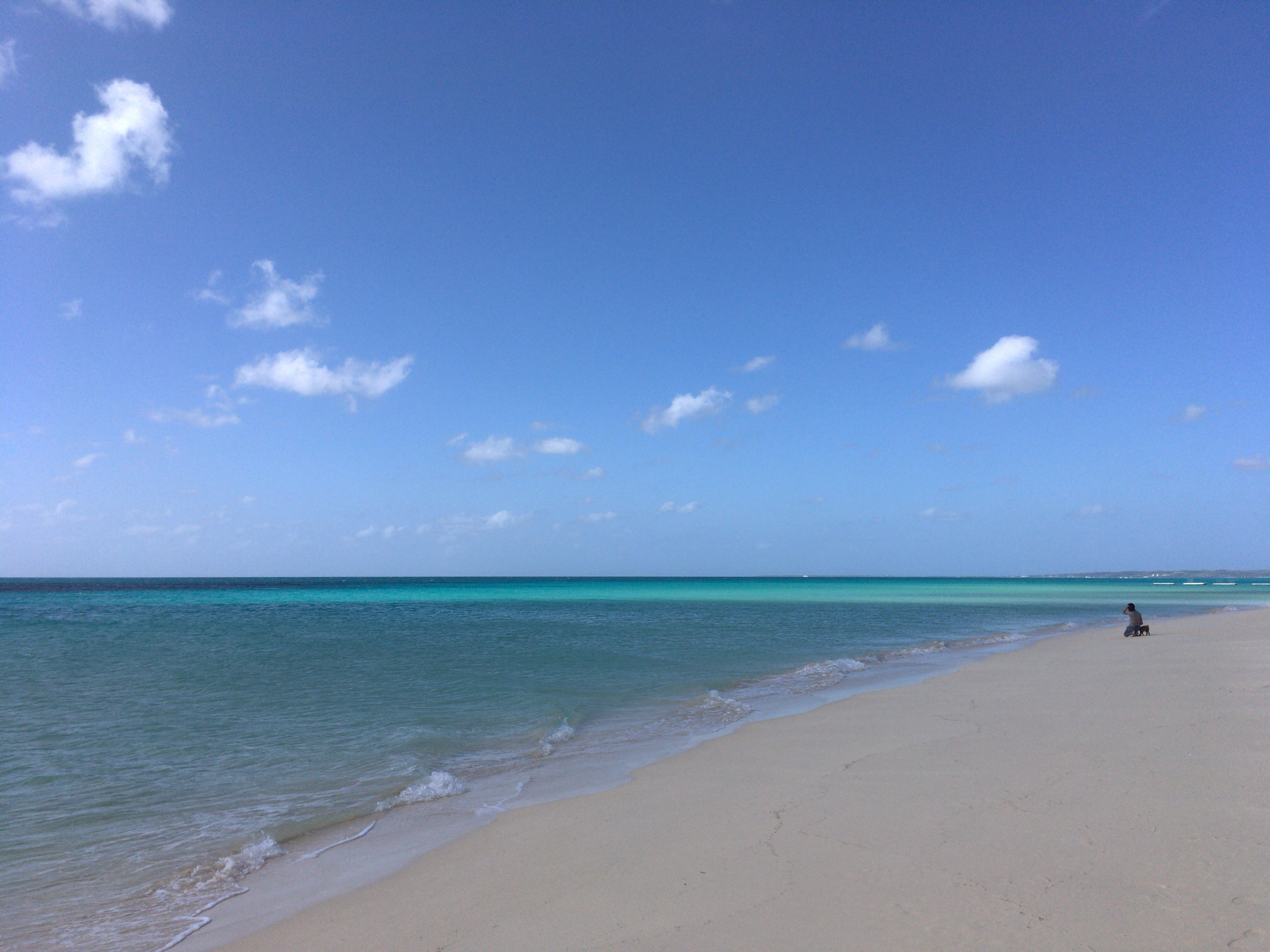 絵画のような写真が取れる絶景ビーチだ
